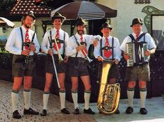 German Musicians in Traditional Lederhosen - Bing Images Berlin Beer Festival, German People, Living In Europe, National Convention, Lederhosen, Culture, Central Europe, My Heritage, Way Of Life