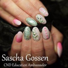#CND #CNDWorld #Shellac #CNDShellac #nailart #naildesign #nails #CakePop #additives #neon #fluor #pink #SilverChroom #glitters