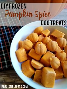The first day of fall is September 22nd and I'm so excited that summer is finally over! As you probably know by now, fall is my absolute favorite time of the year. I love anything with pumpkin spice s