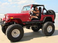 U know....The more I look at the jeeps the more I like them :)