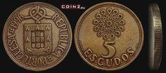 """Escudo português (1911-2001) (x) 5 escudos (1986-2001) O: brasão de armas português (composto por cinco escudetes em cruz, dotado de besantes, no interior de um escudo cercado por sete castelos), um nó acima e em português """"República portuguesa""""/R: um vitral e o valor."""
