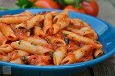 Penne cu sos marinara - CAIETUL CU RETETE Penne, Pasta, Jacque Pepin, Spinach Stuffed Chicken, Shrimp, Meat, Recipes, Drink, Food