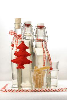 Guarda su Sale&Pepe la ricetta del liquore allo zenzero e scopri come preparare questo drink speziato.