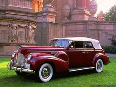 1940 Buick Eight - (Buick Motor Car Co. Flint, Michigan 1899-present)
