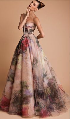 Rani Zakhem F/W 2013-14 Interesting---u either love it or hate it. Comment to let me know why u thing:)