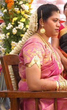 Flower Braids, Mangalore, Hair Decorations, Bridal Hairstyle, Bridal Makeup, Jade, Groom, Actresses, Long Hair Styles