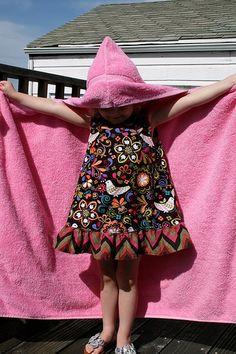 Definitely making these for my girls!! Hoodie Towel Tutorial