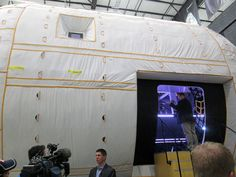 Step Inside the Inflatable Space Station - PopularMechanics.com