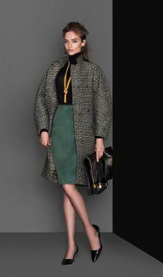 BALENCIAGA coat , CRUCIANI sweater, Marc JACOBS skirt, AURÉLIE BIDERMANN necklace,  TOM FORD bag,  ROGER VIVIER shoes