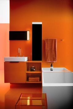 Kartell by Laufen Base con lavabo 4.0760.1-81033.8.9