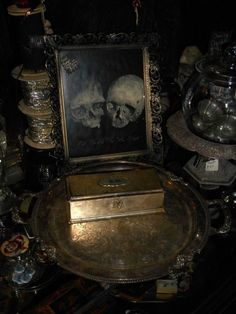 Exhilarating Jewelry And The Darkside Fashionable Gothic Jewelry Ideas. Astonishing Jewelry And The Darkside Fashionable Gothic Jewelry Ideas. Gothic Aesthetic, Slytherin Aesthetic, Witch Aesthetic, Victorian Vampire, Victorian Era, Victorian House, Victorian Gothic Decor, Look Dark, Goth Home