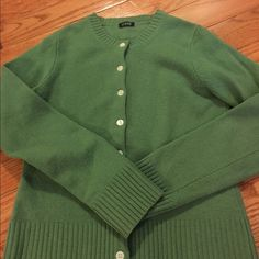 Jcrew size small green wool sweater Great condition!! J. Crew Sweaters Cardigans