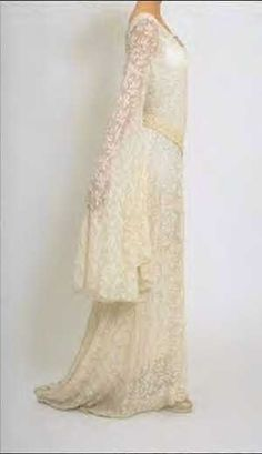 side view Galadriel's Mirror Gown   LOTR