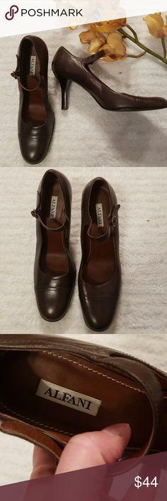 "Alfani Vicky brown maryjanes sz 9 Rich, chocolate brown leather maryjanes in size 9. EUC. Worn twice. Minimal wear on bottom. Heel  is approx 3.5"". Alfani Shoes Heels"