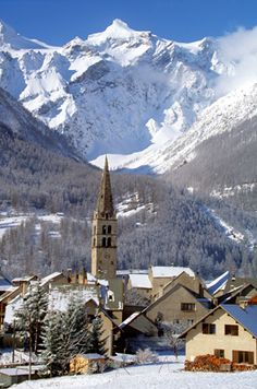 The picturesque Monetier, Serre Chevalier with the mountains behind Tenerife, Oh The Places You'll Go, Places To Visit, Mountainous Terrain, Cathedral Church, French Alps, Snow Mountain, Great Memories, France Travel