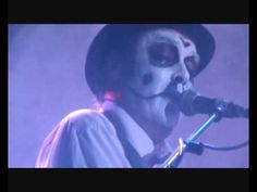 Send In the Clowns - The Tiger Lillies (original by Judy Collins)