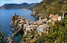 https://flic.kr/p/5CM7Uh | Vernazza, on the rocks | Cinque Terre, Italy  Explore #327