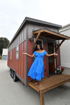 Chicago's First Tiny House Resident: Toni Shelton