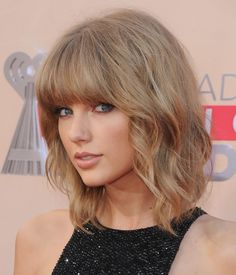 Taylor Swift's Mullet Lob at the iHeartRadio Music Awards