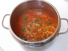 Supa de rosii cu taitei de casa - Bunătăți din bucătăria Gicuței Ethnic Recipes, Food, Essen, Yemek, Meals