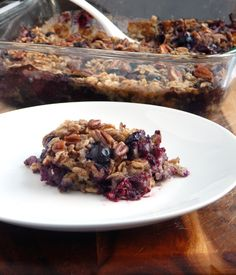 Breakfast time during the week can be rushed. Make this healthy Blueberry Muffin Baked Oatmeal ahead of time and have a warm hearty breakfast to start your day.