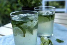 Mojitos Daiquiri, Mojito, Pint Glass, Frozen, Food And Drink, Beer, Drinks, Tableware, Liquor