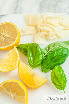 This Lemon Basil Chicken Linguine comes together in about 30 minutes, and tastes like you spent time on it! Refreshing, toothsome, and satisfying. Irish Recipes, Lemon Recipes, Healthy Food Choices, Healthy Recipes, Best Turkey Gravy, Chicken Linguine, Lemon Basil Chicken, Lemon Butter Sauce, Barbecue Ribs