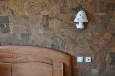 Love the dark pattern of this cork wall
