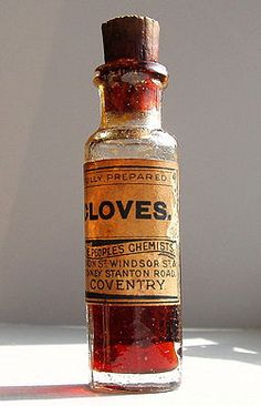 How to Make Clove Oil- great for toothaches.