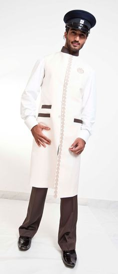 Valet parker uniform dubai hotel bell boy uniform dubai for Spa uniform uae