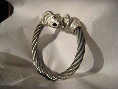 Mira este artículo en mi tienda de Etsy: https://www.etsy.com/listing/185040474/rams-head-sterling-silver-bracelet