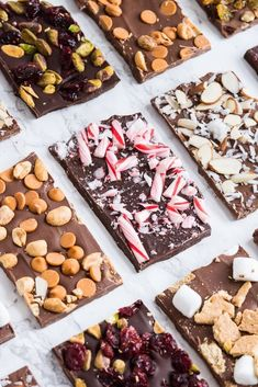 Easy Chocolate Bark Visit The Sweetest Occasion for these six festive Christmas chocolate bark recipes perfect for gifting and snacking! Christmas Bark, Edible Christmas Gifts, Xmas Food, Christmas Sweets, Christmas Cooking, Christmas Parties, Christmas Crafts, Edible Gifts, Christmas Hamper Ideas Homemade