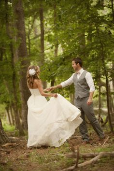 Dancing around in the woods, forest wedding