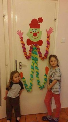 Play tin the nose on the clown Bohóc Clown Crafts, Circus Crafts, Carnival Crafts, Hobbies And Crafts, Diy And Crafts, Arts And Crafts, Paper Crafts, Diy For Kids, Crafts For Kids
