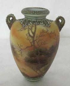 Noritake Nippon Vase ca. 1900. Wow!