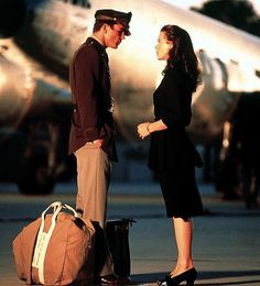 "Josh Hartnett and Kate Beckinsale in ""Pearl Harbor"", 2001"