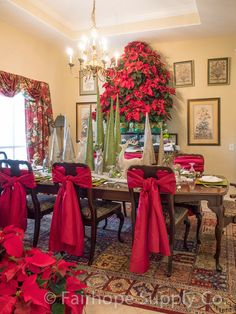 Poinsettia Tree in Fairhope- plan dinner buffet party for elderly, hot chocolate and cookies for kiddos whose parents need a break and leaders in community and church Poinsettia Tree, Christmas Poinsettia, Christmas Home, Christmas Holidays, Cosy Christmas, Christmas Ideas, Xmas, Christmas Table Settings, Christmas Tablescapes