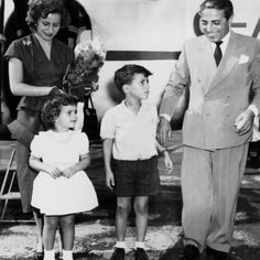 Althina, Christina, Alexander and Aristotle Onassis Famous Celebrity Couples, Celebrity Maternity Style, Famous Couples, Couples In Love, Celebrity Kids, Christina Onassis, Most Popular People, Longest Marriage, Maria Callas