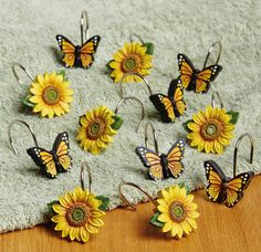 Sunflower & Butterflies Shower Curtain Hooks....Thinking instead for kitchen curtain... love it