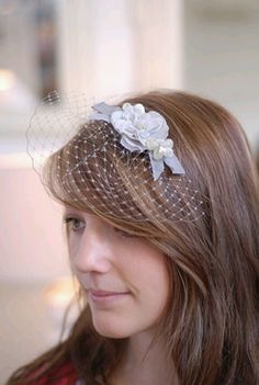 Compare fascinator hat styles on Amazon at http://buyfascinatorhats.com