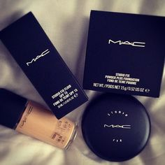 MAC Studio fix Fluid Foundation & MAC Studio Fix Powder - I get asked all the time what I use on my face & how I get a flawless look, well ladies this is it!!