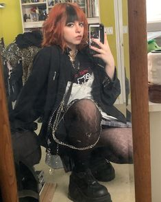 Edgy Outfits, Grunge Outfits, Grunge Fashion, Cool Outfits, Girl Fashion, Fashion Outfits, 90s Grunge Hair, Fashion Clothes, Aesthetic Grunge Outfit