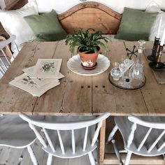 ideas around tv ideas for small bedroom ideas party decor ideas 5 minutes craft ideas courtyard ideas 2020 ideas for dining room ideas hollywood Diy Table, Dining Table, Dining Room, Diy Wall Decor, Kmart Decor, Tv Decor, Home Decor, Bedroom Decor, Above Cabinets