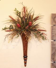 Grande Wall Scone with Protea and Grass SC103-79 - Click Image to Close