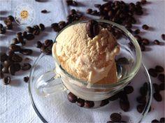 Gelato al caffè!!! http://lafrolleria.blogspot.it/2013/07/semifreddo-gelato-al-caffe.html