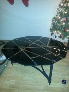 Spray Paint Glass Table To Give It A Modern Art Style, Using Tape And Black