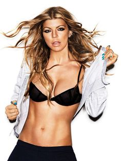 20. Fergie - 20 Most Fit Celebrity Women to Be Inspired by ... | All Women Stalk