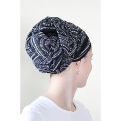 Black and White Geo Print Scarf.  The Style Underground - has great tutorials on scarf wearing!!