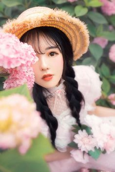 Cute Dress Outfits, Cute Dresses, Asian Flowers, Hanfu, Winter Hats, Traditional, Clothes, Beautiful, Ulzzang