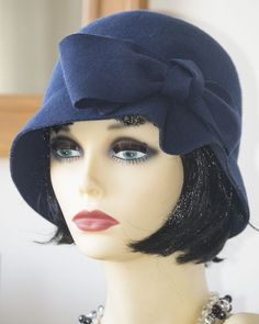 1920s Vintage Inspired  Flapper / Cloche Hat